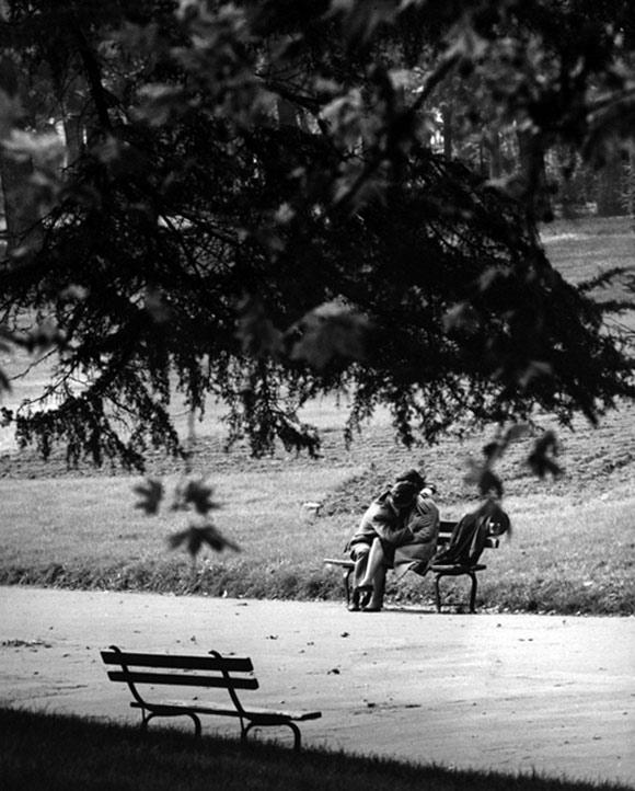 Ngắm chùm ảnh lãng mạn về tình yêu trong thế chiến thứ 2 7