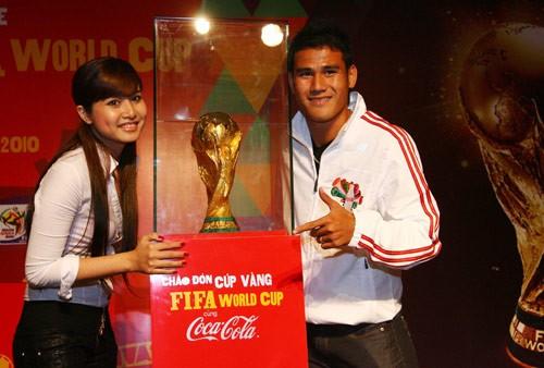 Những bóng hồng showbiz của cầu thủ Việt ngày ấy – bây giờ 1
