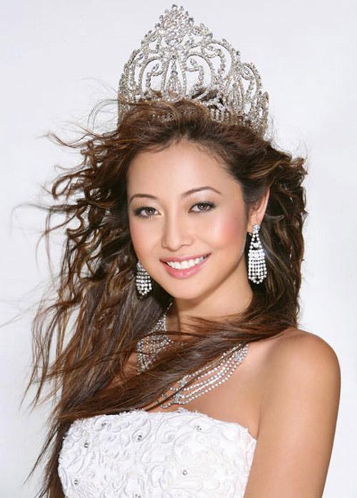 """Những cô vợ """"Hoa hậu"""" nổi tiếng của sao nam Việt 16"""