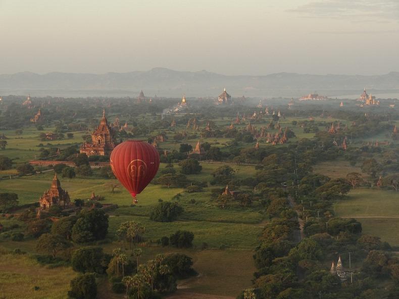 Bagan, xứ sở của hàng ngàn ngôi đền bị lãng quên 1