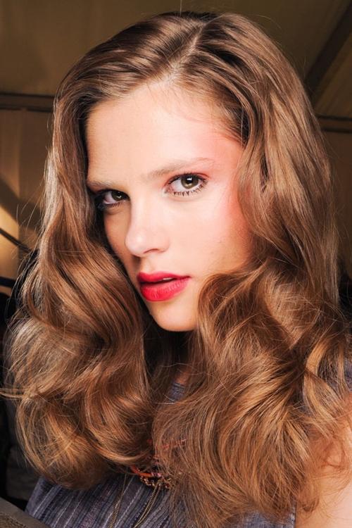 5 kiểu tóc mùa thu lãng mạn, dễ áp dụng 8