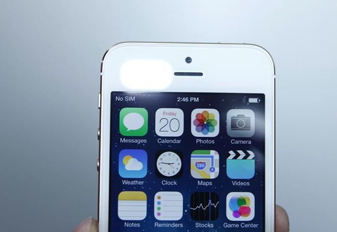 Mở hộp iPhone 5S vừa về Việt Nam 10