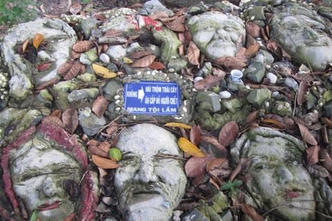 """Cận cảnh """"nghĩa địa đầu người"""" tại Tây Ninh 4"""