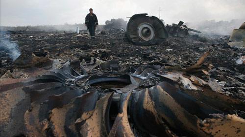 Sẽ thưởng 30 triệu USD cho người tìm ra thủ phạm bắn MH17 1
