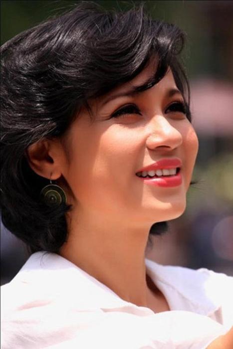 Việt Trinh: Người đàn bà đẹp tuổi 41! 2