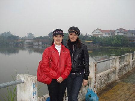 Chị gái Vân Dung lần đầu lộ diện 1