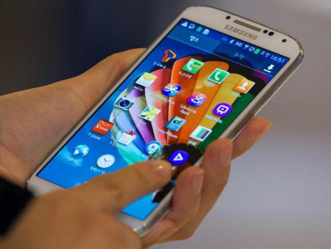 Smartphone cao cấp ồ ạt giảm giá 1
