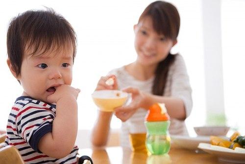 6 nguyên tắc để bé không sợ ăn 2