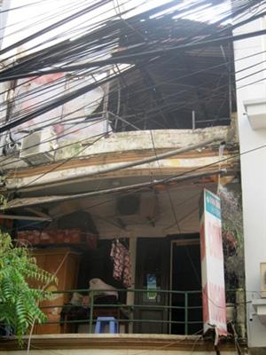 Hà Nội: Quán cơm cháy dữ dội, trẻ sơ sinh suýt chết 1
