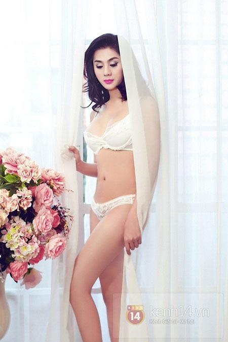 Lâm Chi Khanh quyến rũ với nội y 1