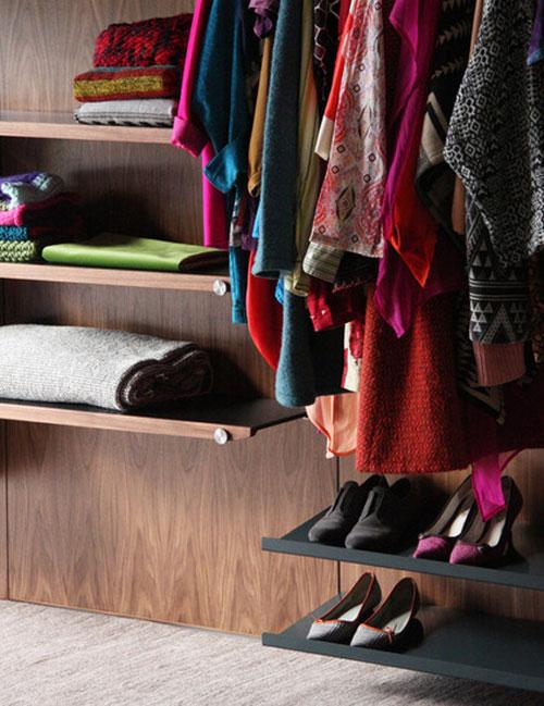 Chiêu xếp quần áo siêu gọn cho mẹ đảm 5