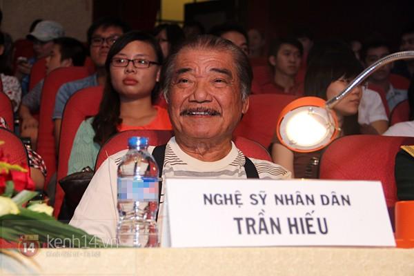 Hồ Quỳnh Hương bất ngờ thi tốt nghiệp 6