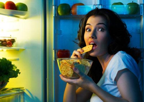 """7 quan niệm ăn uống sai lầm khiến bạn tăng cân """"vù vù"""" 2"""