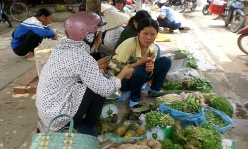 Chợ đồ ôi buổi trưa dành cho công nhân 3