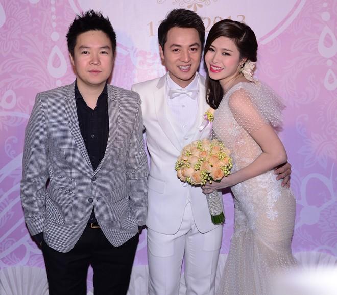 Tuấn Hưng đưa bạn gái vừa tái hợp đi tiệc cưới Đăng Khôi 9