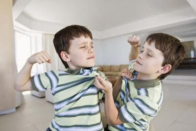 Hóa giải xung đột giữa các con 1