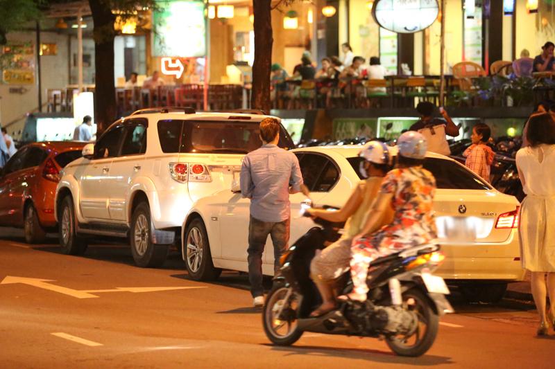 Cao Thái Sơn hẹn hò bạn gái sau nghi án gạ tình hot boy 11