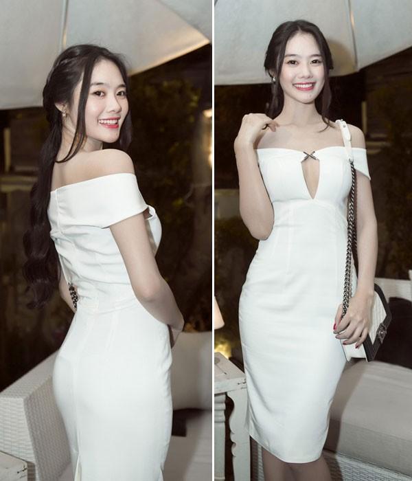 Kiều nữ Việt đẹp mong manh váy trắng 3