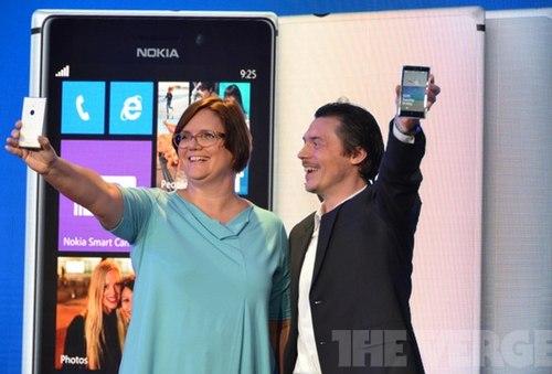 Nokia ra mắt điện thoại Lumia 925 siêu đẹp 1