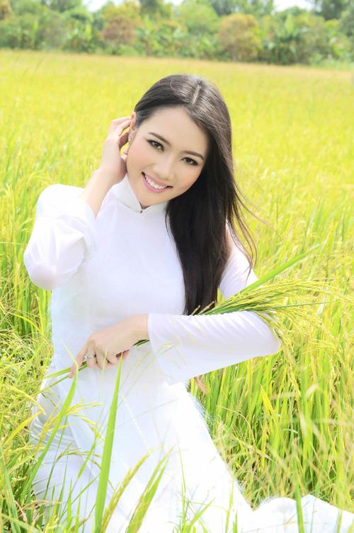 """Những cô vợ """"Hoa hậu"""" nổi tiếng của sao nam Việt 3"""