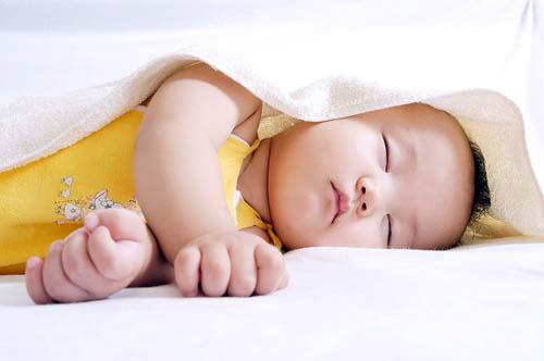 """""""Kê đơn"""" từng thói quen ngủ của bé 1"""