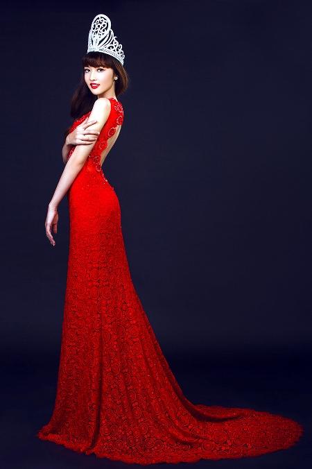 """Hoa hậu Triệu Thị Hà: """"Ba mẹ muốn tôi dứt khoát tình cảm với cháu trai cô Kim Hồng"""" 5"""