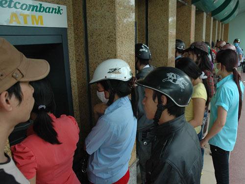 Khổ vì... thẻ ATM 1