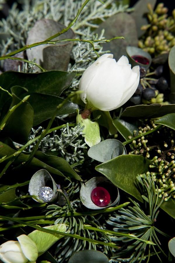 Cận cảnh vòng hoa Giáng sinh có giá 100 tỷ đồng 4