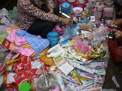 Dầu gội nhái tràn chợ Hà Nội 2