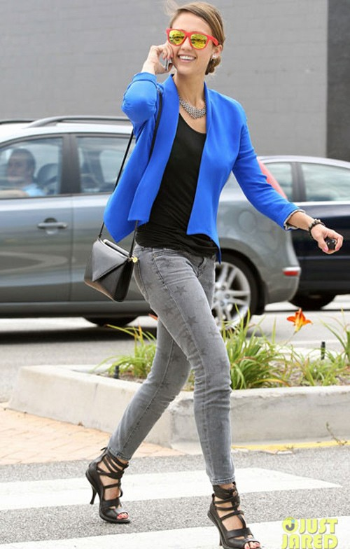 10 cách diện đẹp với blazer xanh 11