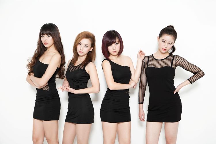 Người đẹp Hàn Quốc từ bỏ 20 tỉ để làm bạn gái Đinh Tiến Đạt 3