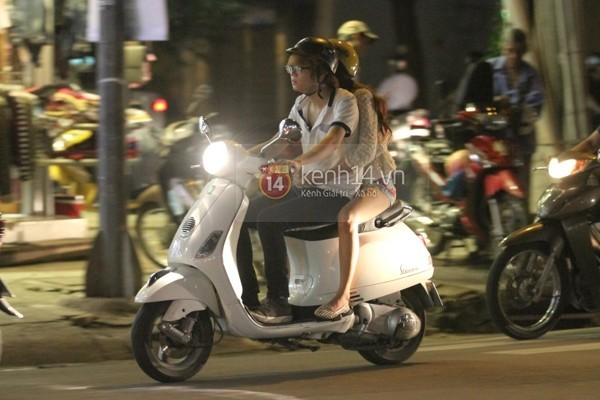 """Những mối tình """"sớm nở tối tàn"""" của sao Việt 23"""