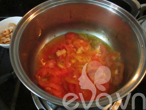 Đậu sốt cà chua tôm nõn cho bữa tối 6