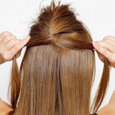 Cách đơn giản thực hiện 2 kiểu tóc đẹp ngày hè cho nàng công sở 10