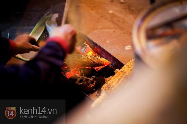 Ngô nướng - món quà của mùa đông Hà Nội 3