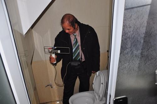 Máy báo có cốt người trong nhà vệ sinh TMV Cát Tường 2