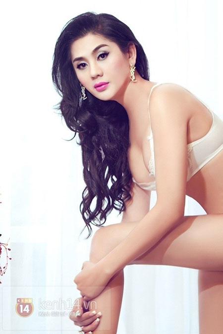 Lâm Chi Khanh quyến rũ với nội y 9