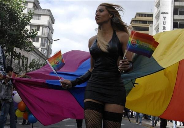 Hàng trăm người bị cưỡng hiếp để... chữa đồng tính 8