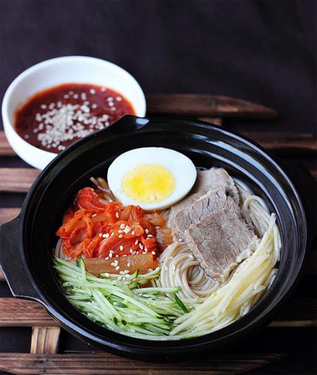Các món mỳ ngon, không sợ nóng ở Hà Nội 7