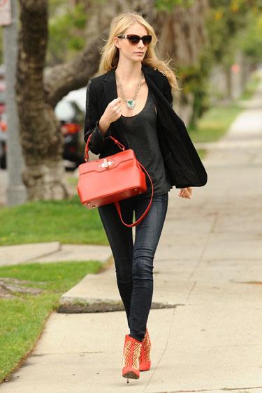 Học cách mặc quần jean nữ đẹp như sao Hollywood 8