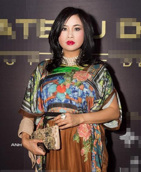 Bàng hoàng gu thời trang kỳ quặc của sao Việt 4
