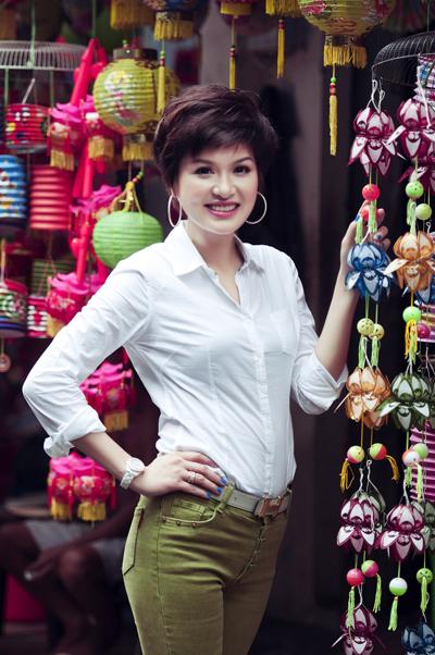 Hai single mom Bảo Trúc, Oanh Yến đọ sắc 2