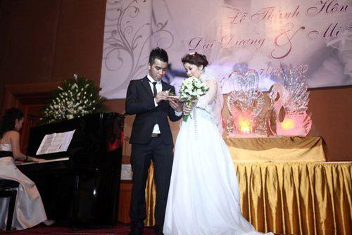 Những đám cưới hoành tráng của các hot girl Việt 1