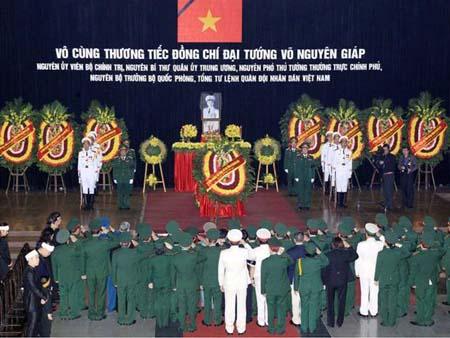 Báo chí quốc tế bồi hồi trước lễ tang Đại tướng Võ Nguyên Giáp 1