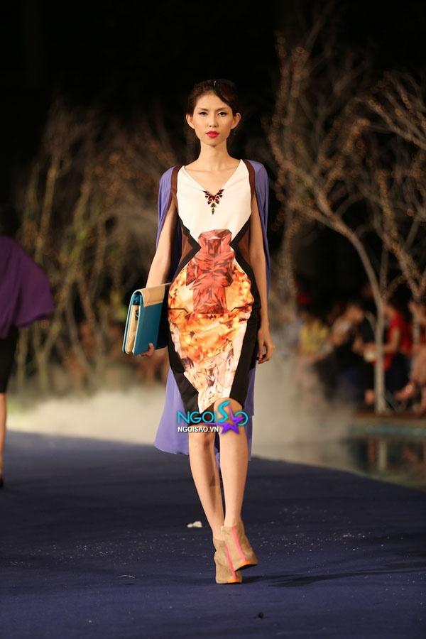 Hoa hậu Thùy Dung, Diễm Hương quyến rũ trong trang phục màu sắc 14
