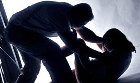 Đoạt mạng vợ bằng 3 nhát dao thấu tim 1