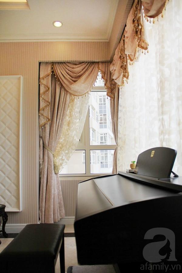 Mê mẩn căn hộ mang phong cách hoàng gia ở Sài Gòn 4