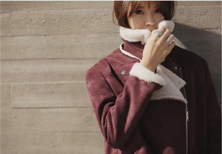 """Bí quyết mặc ấm và phong cách cho những ngày đi làm trời """"siêu lạnh"""" 23"""