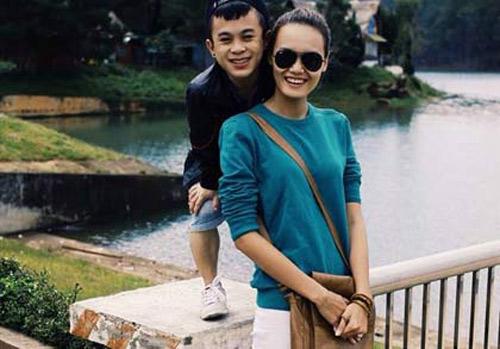 Xúc động clip tình yêu của người mẫu Lê Thanh Thảo và bạn trai 1m26 1