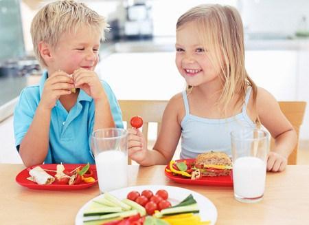 Những thực phẩm chứa chất béo giúp trẻ thông minh hơn 1
